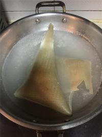 翡翠皮冻的做法步骤2