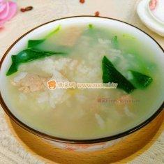 肉丝菠菜米粥的做法
