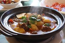 家常土豆炖牛肉做法