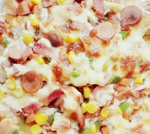 香肠培根芝心披萨的家常做法