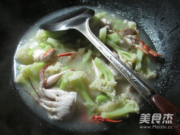 毛豆螃蟹花菜羹的做法