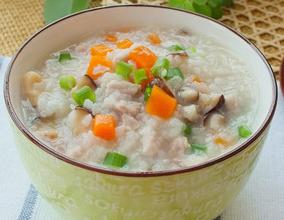 胡萝卜香菇瘦肉粥的家常做法