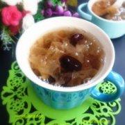 冰糖红枣银耳羹孕产妇食谱的做法