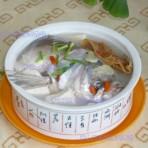 天麻鱼头炖豆腐