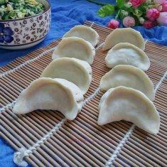 韭菜鸡蛋虾皮饺子的做法