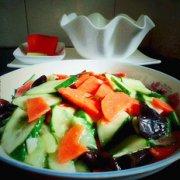炒三色蔬菜的做法