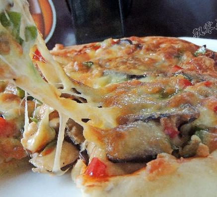 香菇鸡肉披萨的家常做法