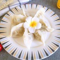 猪肉蒜苗饺子的做法