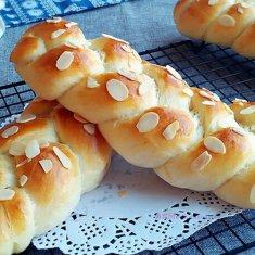 杏仁大面包的做法