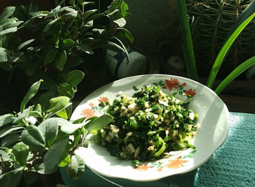 拌芹菜叶的家常做法