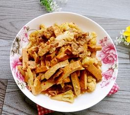 香干花菜炒肉的家常做法