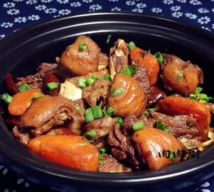 胡萝卜羊肉煲的家常做法