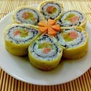 蛋皮樱花寿司卷的做法
