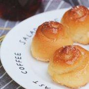 蜂蜜椰蓉小面包的做法
