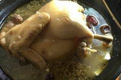 椰子炖鸡的做法