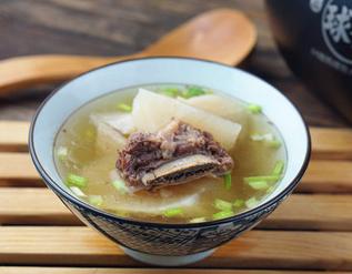 萝卜牛排骨汤的家常做法