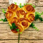 心形玫瑰花面包的做法